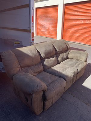Sofa recliner excellent condition! for Sale in Sacramento, CA