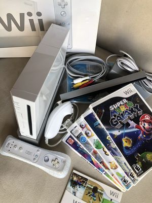Nintendo Wii with games for Sale in Hollywood, FL