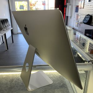 iMac (Retina 5k 27-inch)-4GHz Intel Core I7-32GB memory -256GB Flash ssd hard drive for Sale in Los Angeles, CA