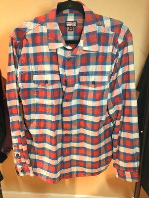Patagonia plaid button down for Sale in Pontiac, MI