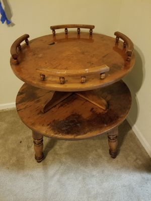 Antique round table for Sale in Smyrna, GA