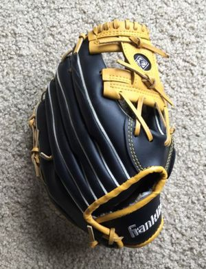 Franklin Softball Slowpitch 11 Glove Fieldmaster Gold/Black for Sale in Mountain View, CA