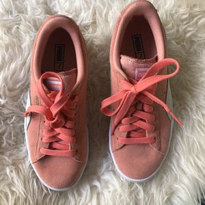 Puma suede coral sneakers size 6 for Sale in Seattle, WA
