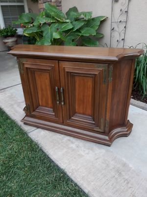 "VINTAGE SIDEBOARD / SERVER / ENTRYWAY PIECE W/ STORAGE (48""W × 13""D × 30""H) for Sale in Corona, CA"
