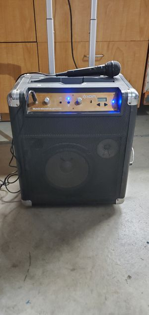 Bluetooth speaker box for Sale in Victorville, CA