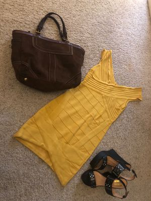 Yellow bodycon dress for Sale in Elk Grove, CA
