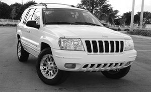 Automatic O4 Jeep SUV Grand Cherokee 4WDWheels for Sale in Freeman, WV