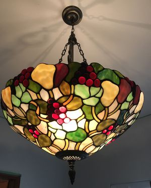TIFFANY style chandelier for Sale in Maple Valley, WA