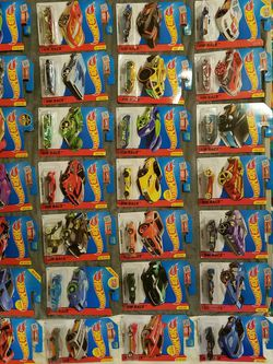 34 Hot Wheels New In Package for Sale in Overgaard,  AZ