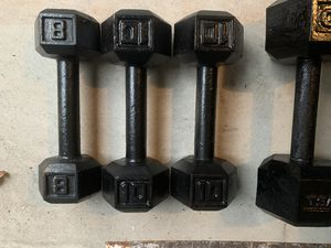 Dumbbell weight 2x25,2x10,1x8 total 78 lbs for Sale in Margate, FL