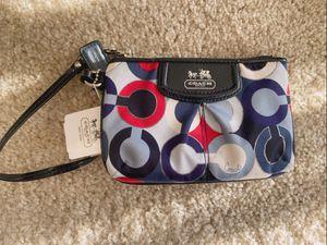 Coach wristlet wallet for Sale in Arlington, VA