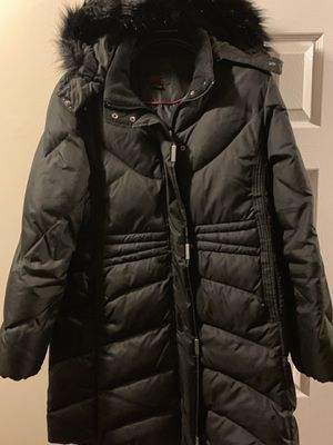 Black winter coat with hat and long until your knee. for Sale in Manassas, VA