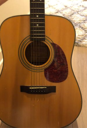 Hohner guitar acoustic excellent condition and case for Sale in Washington, DC