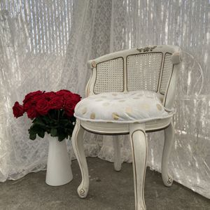 Vintage ~ French Provincial ~ Shabby Chic ~ Chair for Sale in La Habra Heights, CA