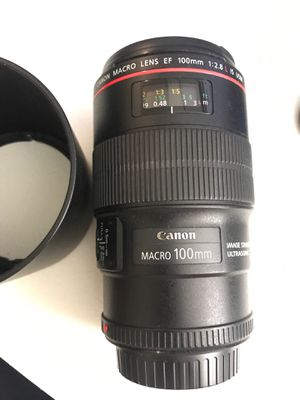 Canon Macro Lens EF 100mm 1:2.8 L IS USM for Sale in Orlando, FL