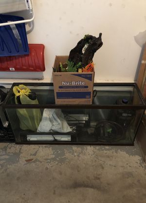 Fish tank for Sale in Nashua, NH