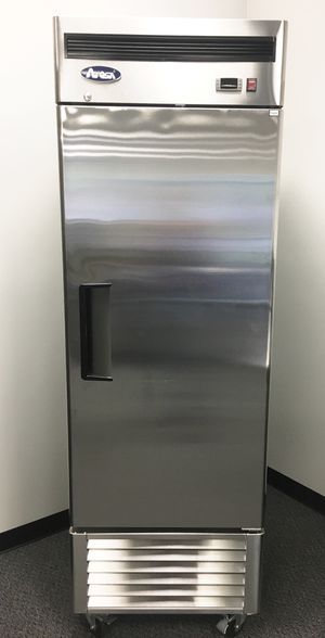 Bottom mount single door commercial freezer for Sale in Kent, WA