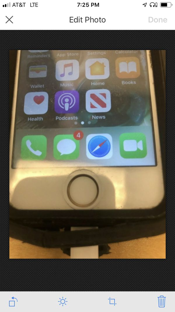 Apple iPhone 5s Unlocked to ALL Carriers 16GB White A1533 GSM Otterbox ME325LL/A