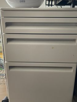 Metal File Cabinet for Sale in Brookline,  MA