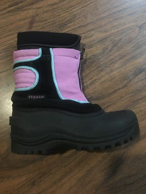 Girls snow boots size 3 for Sale in Tyrone, PA