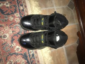 Jordan Gamma Blue 11's Size 8.5 for Sale in Hyattsville, MD