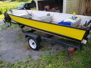 14 foot motor boat & trailer for Sale in Hedgesville, WV