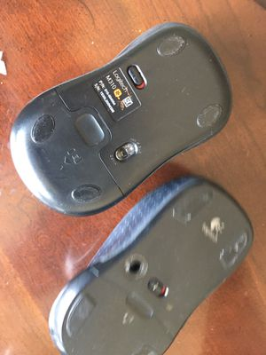 Logitech wireless optical mouse m310 for Sale in Lombard, IL