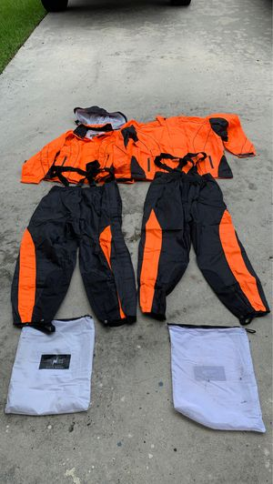 Motorcycle rain gear (2 sets) L and XL for Sale in Homestead, FL