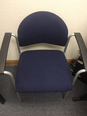 2 office chairs for Sale in Las Vegas, NV