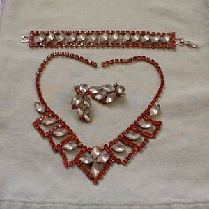 3 Piece Vintage Jewelry Set for Sale in IND HEAD PARK, IL