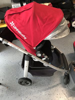 Uppababy Cruz and Mesa with car base for Sale in Pembroke Pines, FL
