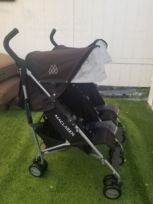 Maclaren Twin Triumph double stroller like new..each seat holds 55lbs for Sale in South Gate, CA