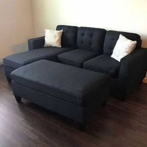 Black Sectional Sofa W/ Ottoman for Sale in Compton, CA