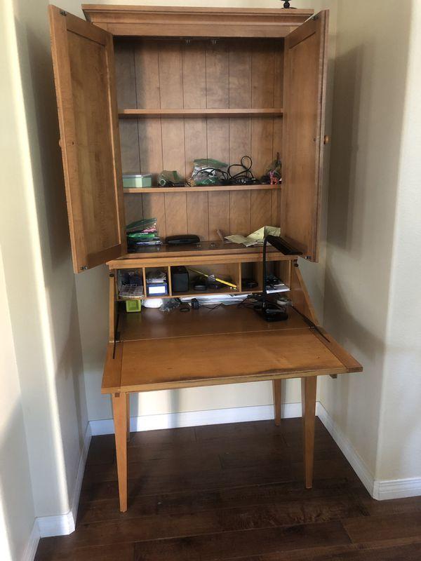 Ethan Allen Wooden Desk