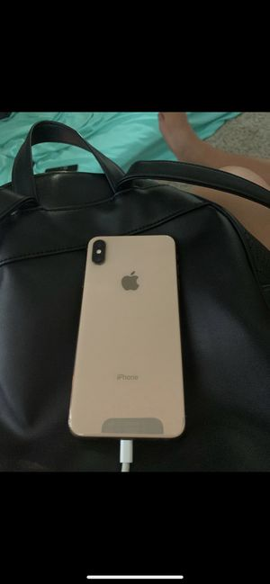 Iphone Xs Max for Sale in Corona, CA