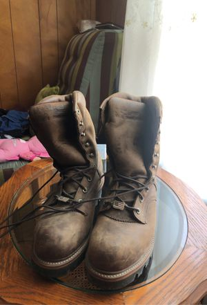 (CHIPPEWA ) thinsulate work boots (water proof size 10 for Sale in Revere, MA