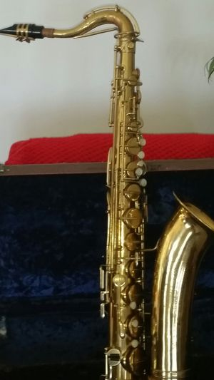 Indiana tenor saxophone for Sale in Muncie, IN
