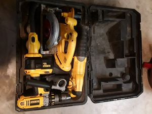 Dewalt 18v 4 piece combo kit for Sale in Arnold, MO