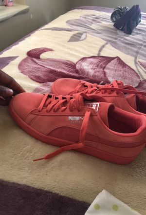 Puma Suede classic mono reptile rose silver size 8.5 for Sale in Boston, MA
