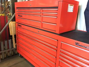"""Classic 96"" Snap On tool box and topper. for Sale in Avondale, AZ"