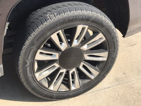 """22"""" wheels with 2 tires"""