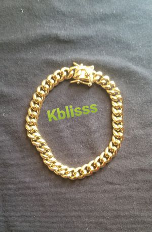 🔥🔥🔥14k Gold Plated Miami Cuban Link Bracelet... Available for Pick up or Delivery 🚚🚗 for Sale in Miami, FL