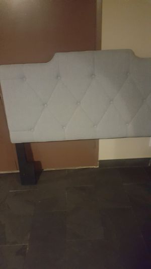 Head board and bed frame for Sale in Chula Vista, CA