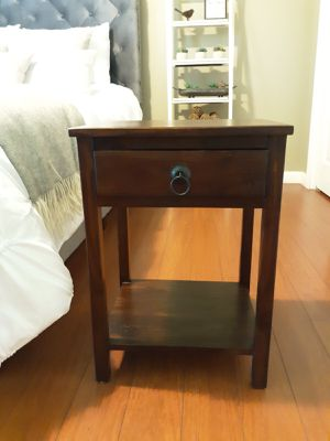 End table for Sale in Murfreesboro, TN