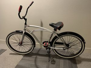 Huffy 26 in beach cruiser with premium seat and white walls for Sale in Anaheim, CA
