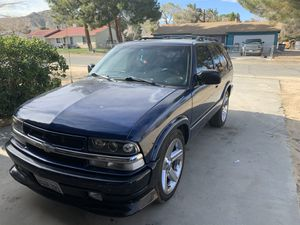 2002 Chevy blazer for Sale in Lake Los Angeles, CA