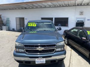 2007 Chevy Silverado 1500 4x4 for Sale in Modesto, CA