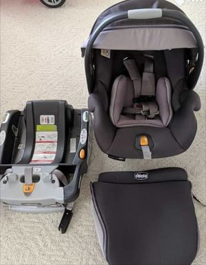 Chicco KeyFit 30 zip car seat for Sale in Indianapolis, IN