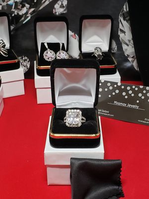 Vintage Solid silver simulated diamond sz 7 for Sale in Meriden, CT