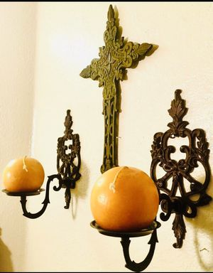 Set of Two Cast iron wall art candle holders, vintage style H11xW5.5xD7.5 inch for Sale in Chandler, AZ
